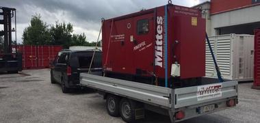 Mobiles 230 kVA emergency generator